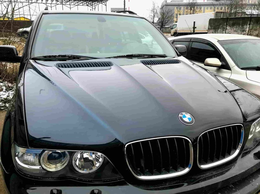 Фото после полировки кузова BMW