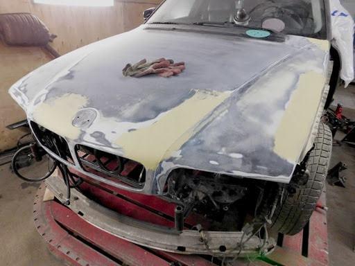 Фото ремонта капота в Пскове